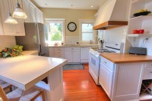 Wallingford Kitchen - residential seattle by Liz Talley
